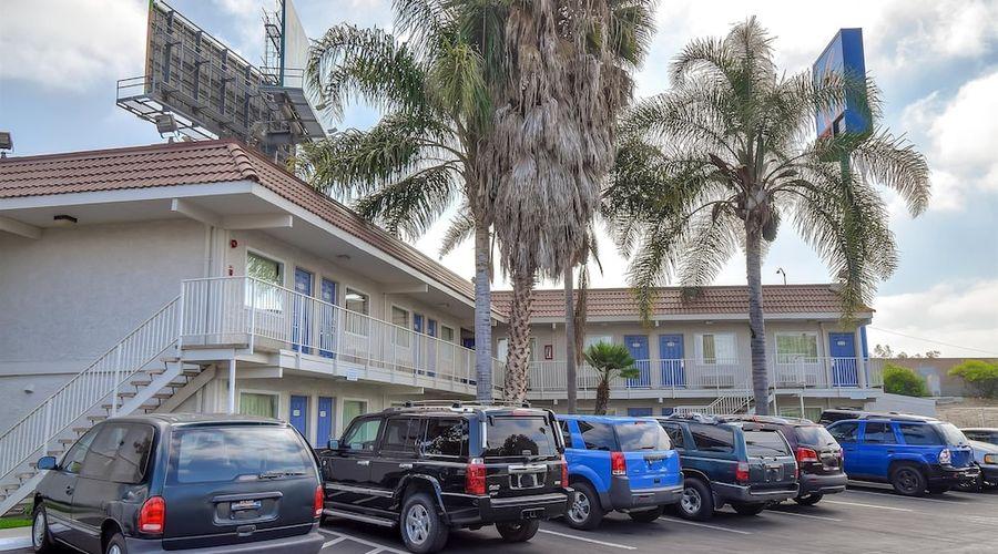 Motel 6 Los Angeles - Norwalk-1 of 26 photos