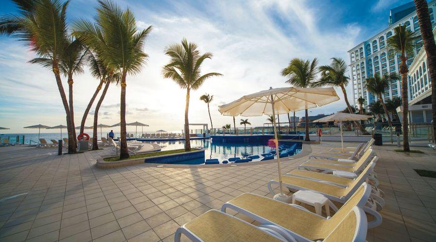 Riu Cancun All Inclusive-14 of 49 photos