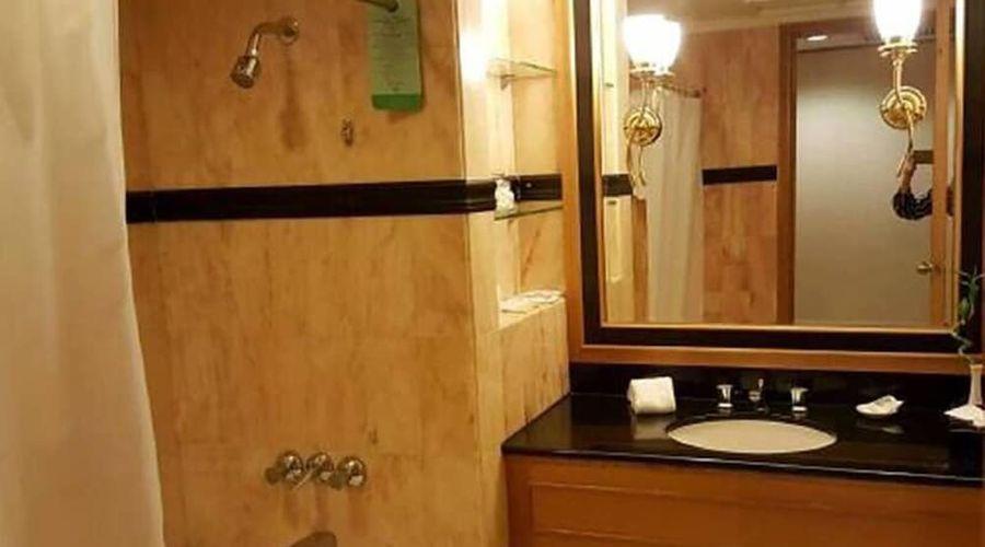 New World Shunde Hotel-17 of 33 photos