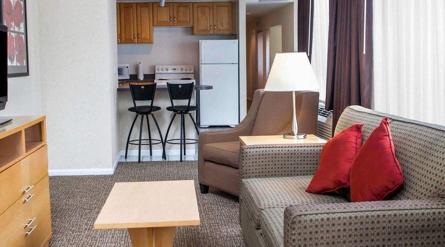 Comfort Suites Michigan Avenue Loop-25 of 51 photos