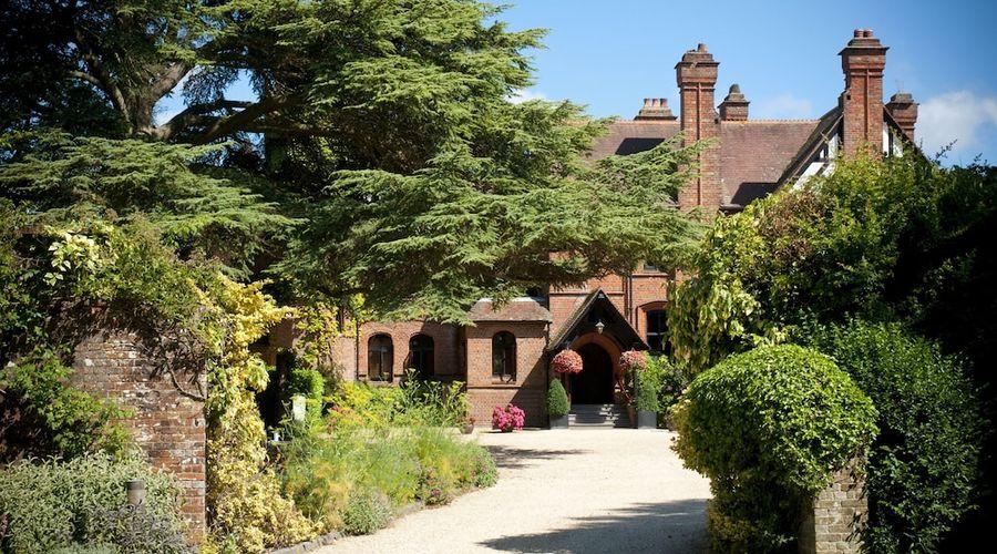 Careys Manor & Senspa-51 of 56 photos