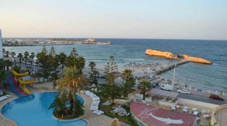 Delphin El Habib-76 of 91 photos