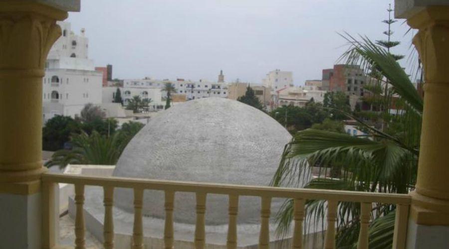 Delphin El Habib-10 of 91 photos
