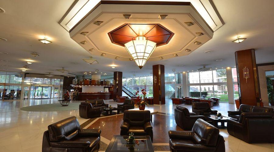 Aro Palace Hotel-5 of 39 photos