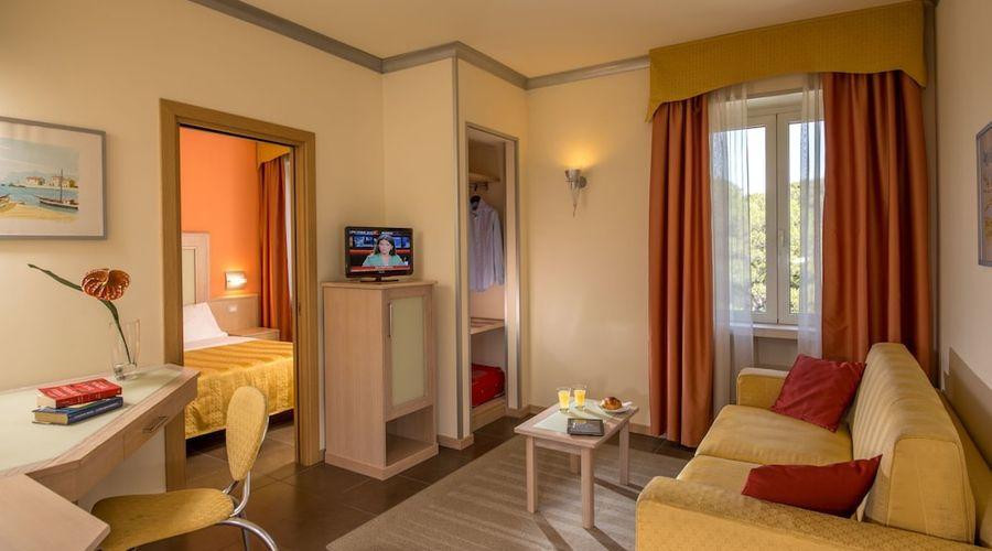 Hotel Mediterraneo-8 of 21 photos