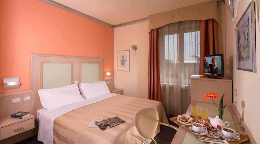 Hotel Mediterraneo-4 of 21 photos
