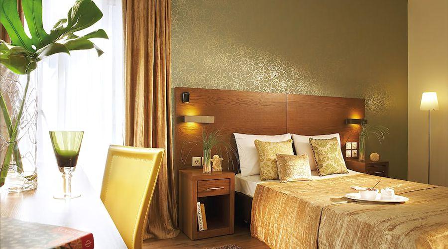 Hotel Rotonda-1 of 33 photos