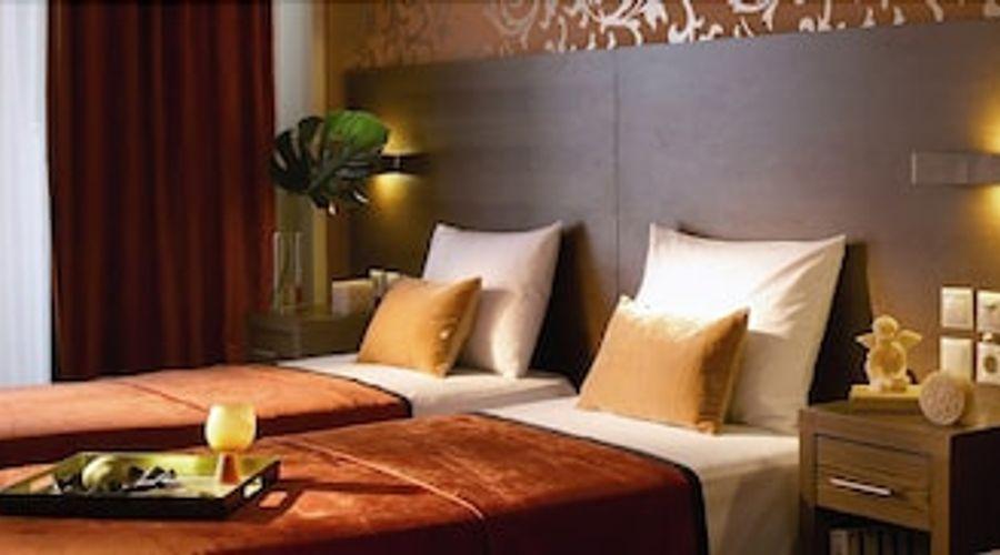 Hotel Rotonda-8 of 33 photos
