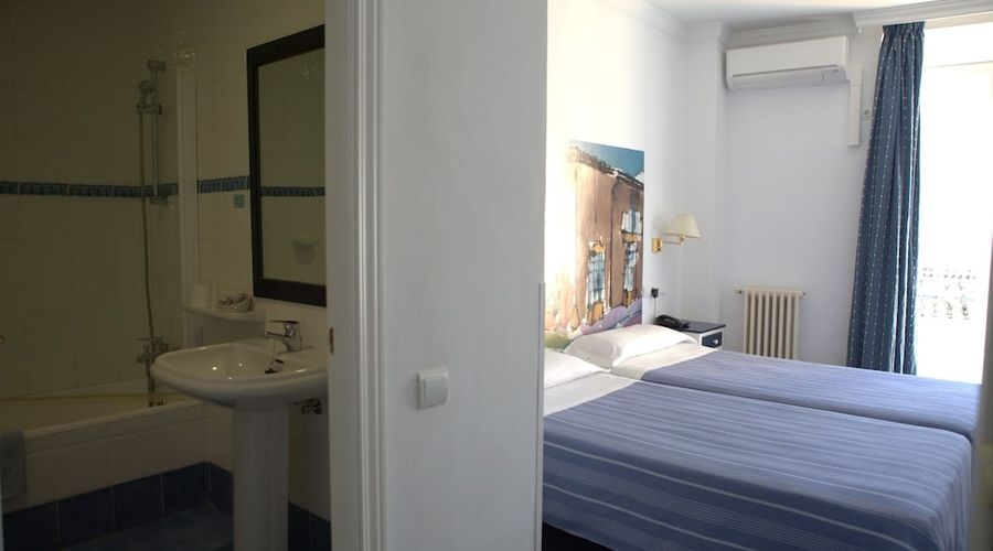 Hotel Polo-16 of 36 photos