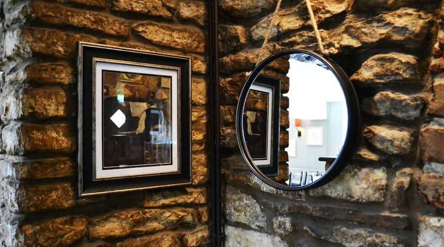 The Priory Inn Tetbury-14 of 25 photos