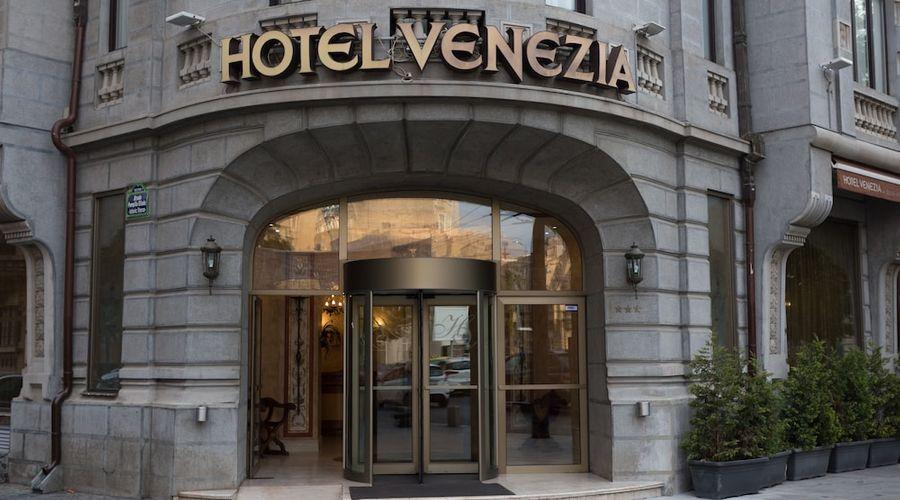 Hotel Venezia by ZEUS International-1 of 31 photos