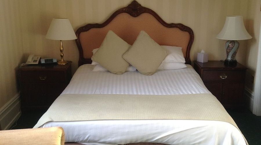 Brook Meadow Hotel-10 of 37 photos
