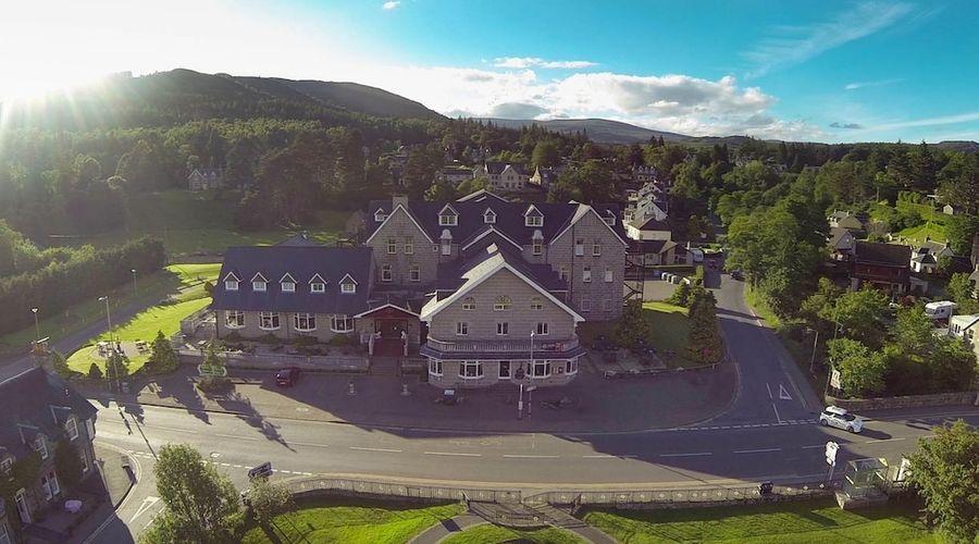 Duke Of Gordon Hotel-29 of 30 photos