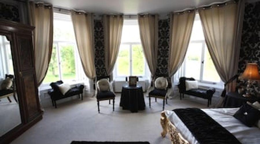 Shieldhill Castle Hotel-12 of 25 photos