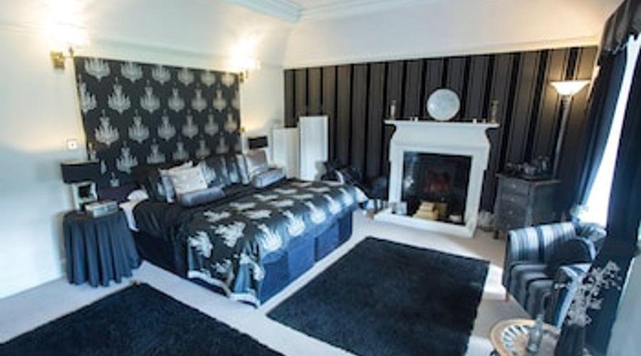 Shieldhill Castle Hotel-7 of 25 photos