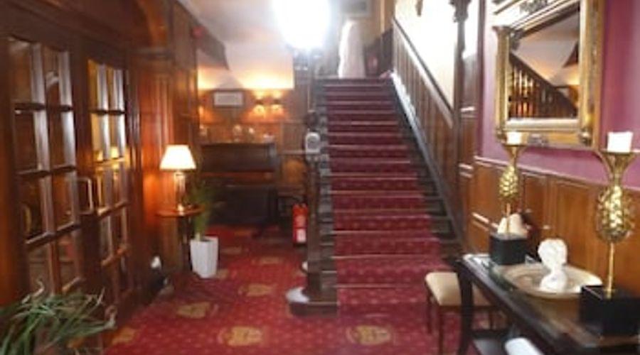 Shieldhill Castle Hotel-21 of 25 photos