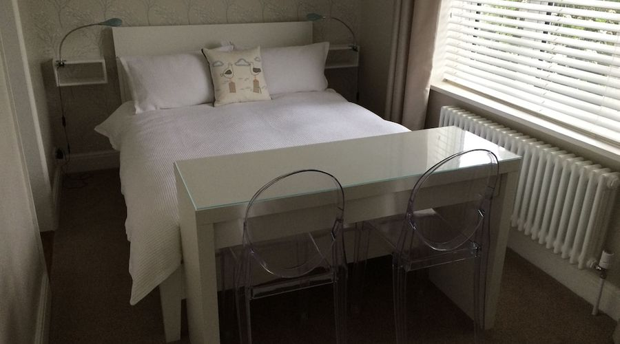 Whitstable Bay Bed & Breakfast-3 of 7 photos