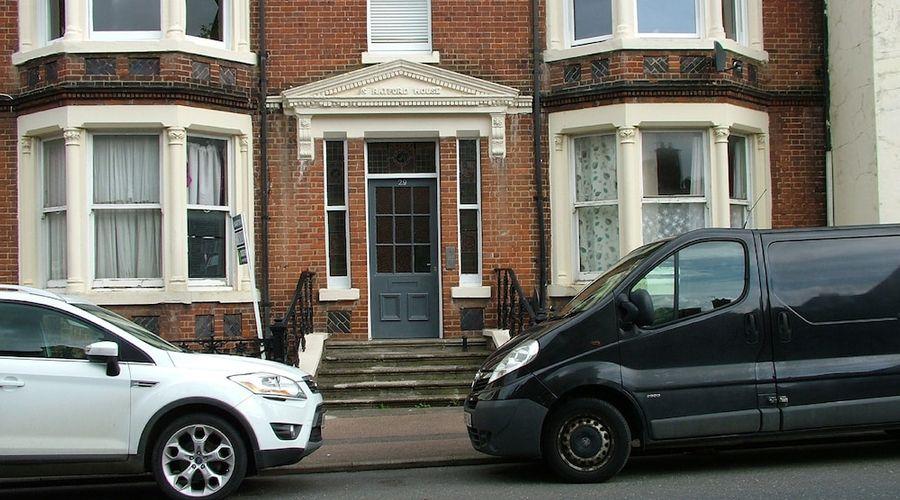 Stratford Apartment-9 of 9 photos
