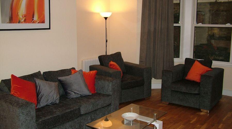 Stratford Apartment-1 of 9 photos