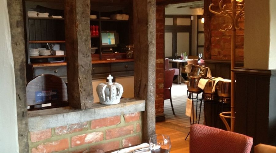 The Crown Pub Dining Rooms-9 of 10 photos