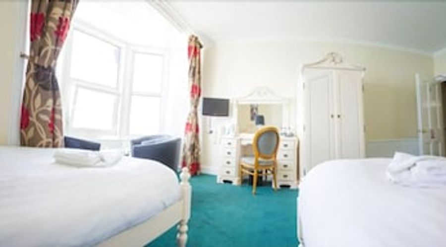 Queensbridge Hotel-9 of 13 photos