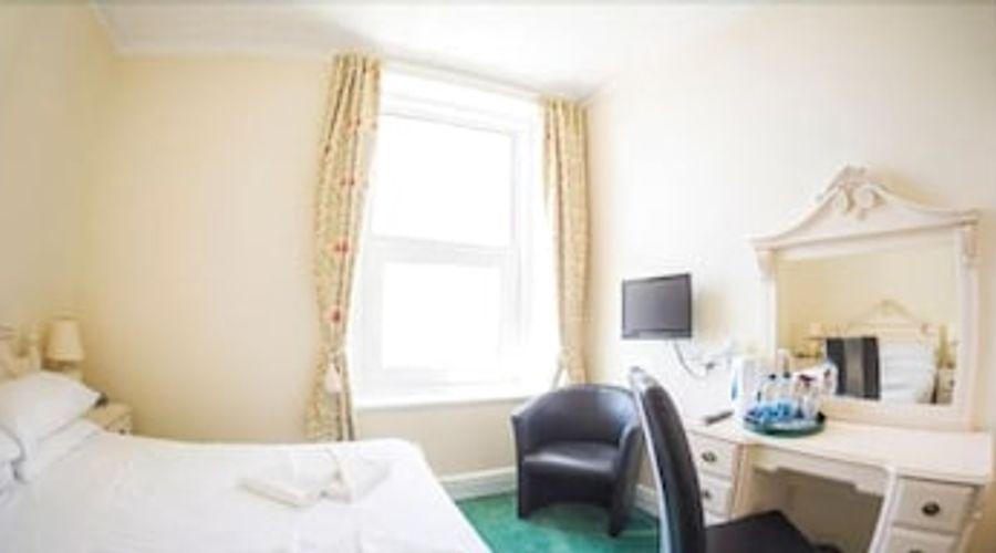 Queensbridge Hotel-5 of 13 photos