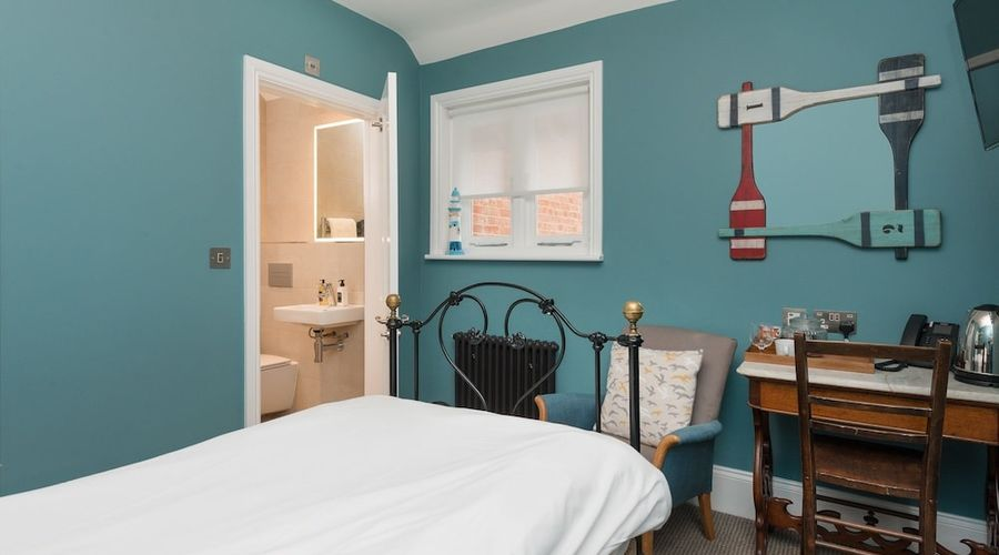 Bay Tree Broadstairs-16 of 49 photos