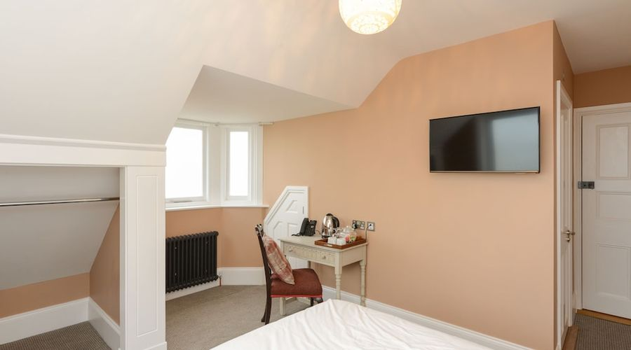 Bay Tree Broadstairs-26 of 49 photos
