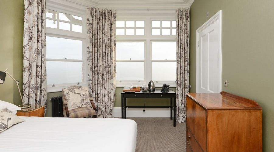 Bay Tree Broadstairs-8 of 49 photos