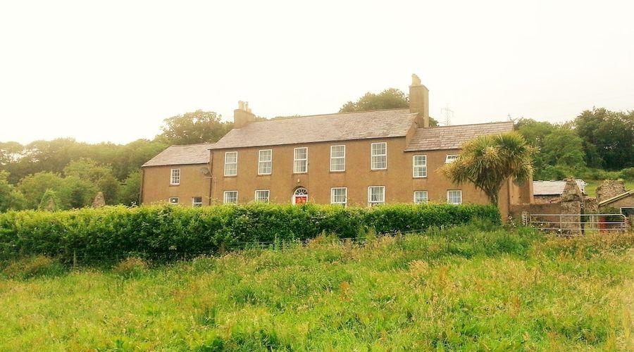 Burleigh House-1 of 7 photos