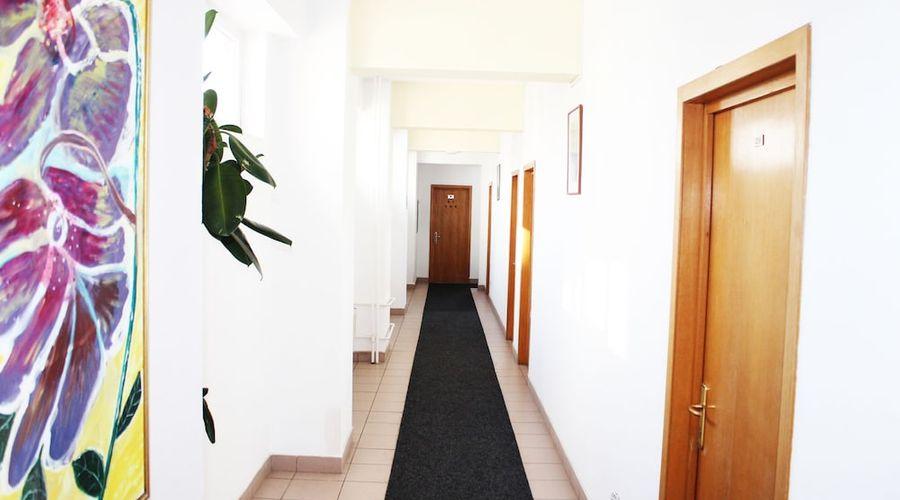 Elizeu Hotel-26 of 32 photos