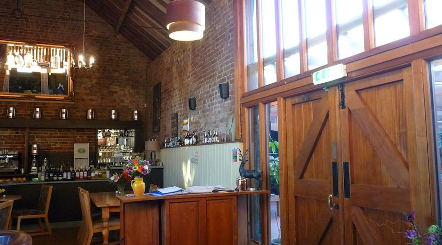 Willow Barn Hotel & Restaurant-2 of 25 photos