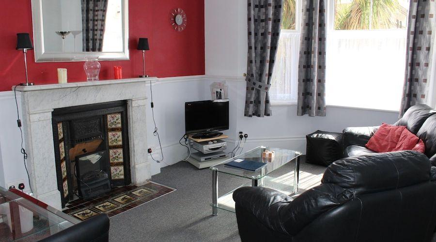 Fernhurst Holiday apartments-21 of 29 photos