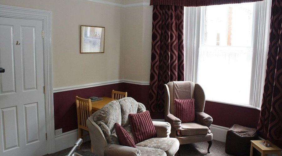 Fernhurst Holiday apartments-4 of 29 photos