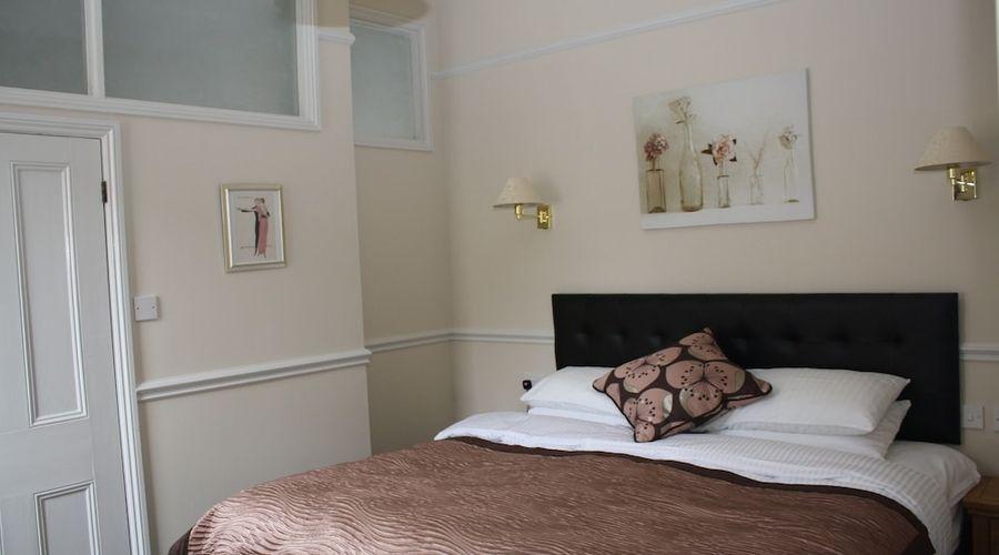 Fernhurst Holiday apartments-19 of 29 photos