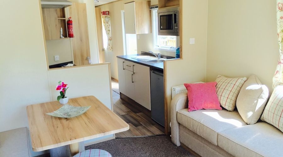 Hele Valley Holiday Park-6 of 39 photos