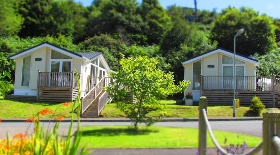 Hele Valley Holiday Park-1 of 39 photos