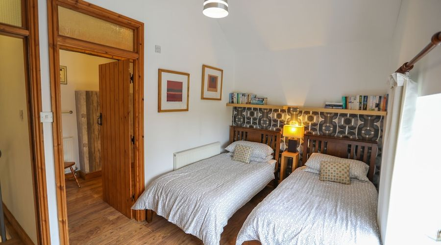 Chestnut Farm Holiday Cottages-10 of 49 photos