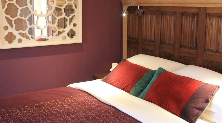 The Lodge at Hemingford Grey House-1 of 24 photos