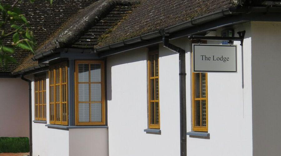 The Lodge at Hemingford Grey House-24 of 24 photos