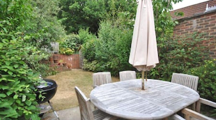 4 Chartwell Mews, Midhurst 76779-7 of 19 photos