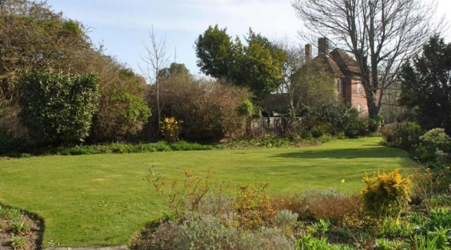 Rose Cottage, Middleton 53391-6 of 8 photos