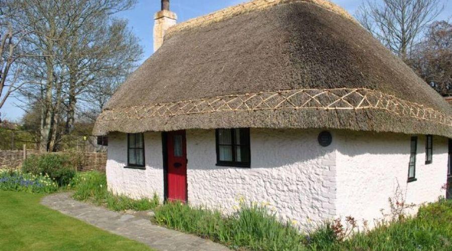 Rose Cottage, Middleton 53391-1 of 8 photos