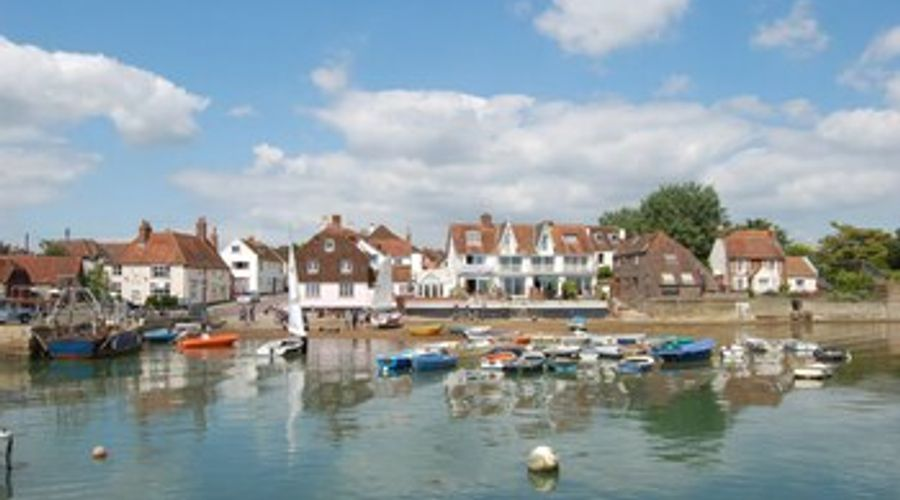 Toll House, Emsworth 37078-18 of 20 photos