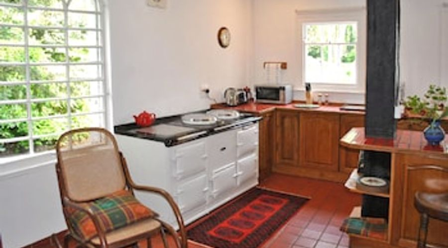 Toll House, Emsworth 37078-7 of 20 photos