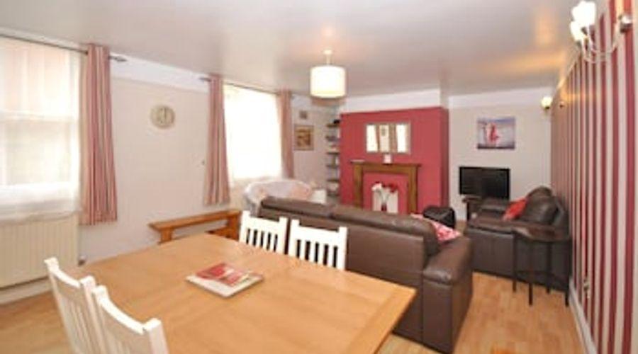 Mews Cottage, Bognor Regis 61001-7 of 13 photos
