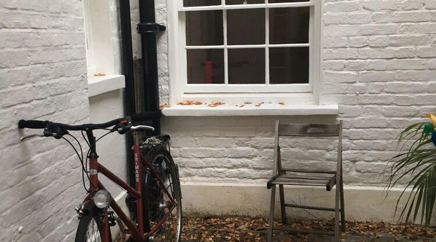 1 Bedroom Flat In Kensington-14 of 14 photos