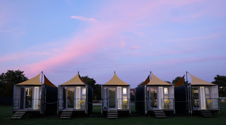 Caboose & Co - at The Hay Festival-12 of 17 photos