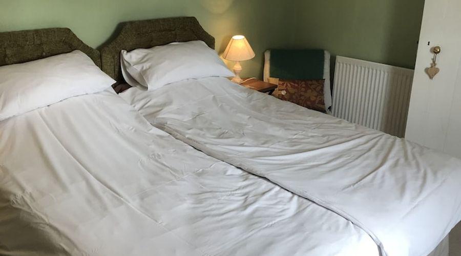 Lower Buckton Country House - Sleeps 10-10 of 42 photos