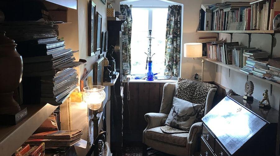 Lower Buckton Country House - Sleeps 10-2 of 42 photos